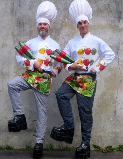 The Ultra Tall Juggling Chefs for Events