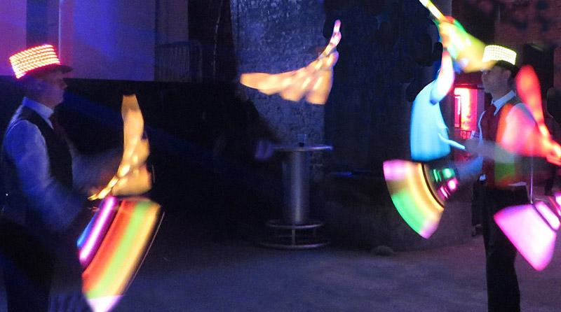 glow jugglers corporate juggling