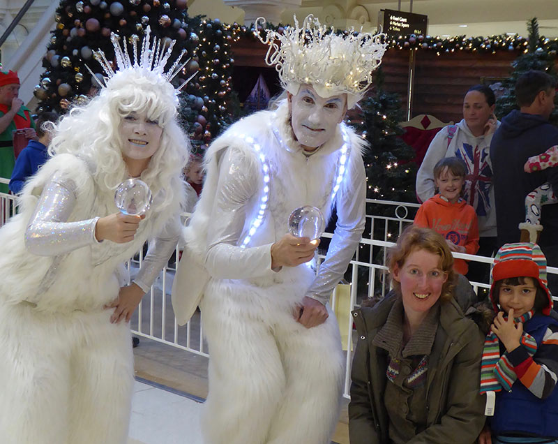 Ice People Walkabout Jugglers for Christmas Events